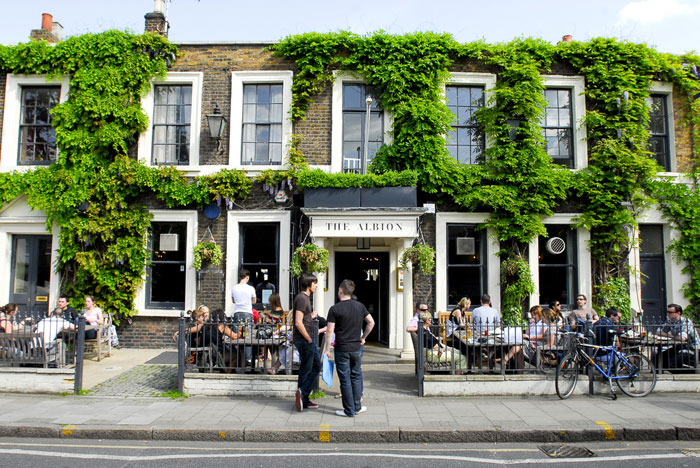 パブの勧め Pub review: the Albion in Islington