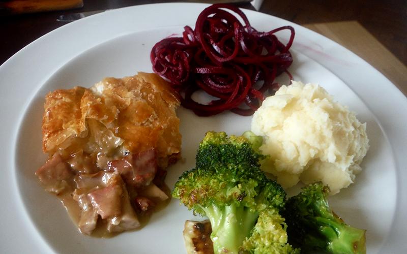 ラビットパイと野菜